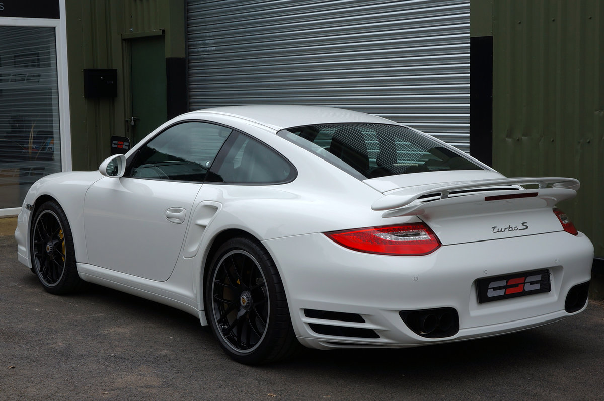2011 Porsche 997 turbo S PDK ES700 - 1 owner, 13k, 672bhp, FPSH For Sale (picture 3 of 6)