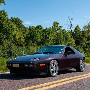 1984 Porsche 928S Coupe = Rare Deep Purple 127 miles $13.9k For Sale