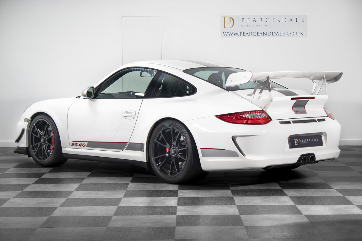 2011 / 61 Porsche 911 (997) GT3 RS 4.0 For Sale (picture 2 of 6)