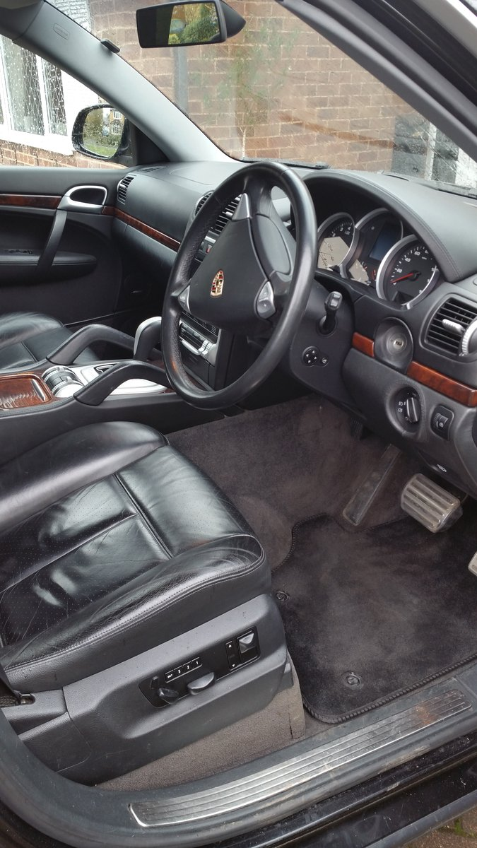Porsche Cayenne S 4.5 - 2004 only 31,000 miles For Sale (picture 6 of 6)