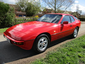 1988 PORSCHE 924S, Guards red, excellent example, new mot history For Sale