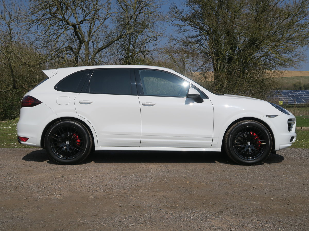 2015 Porsche Cayenne GTS 4.2 V8 For Sale (picture 2 of 6)