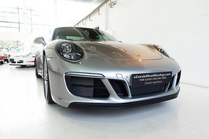 Picture of 2017 450 hp, 7 speed manual, only 6,000 kms, stunning SOLD
