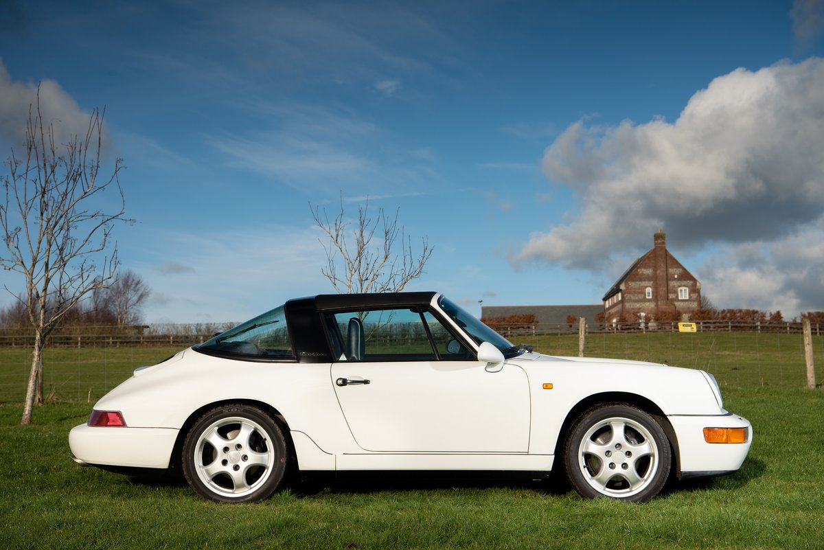 *Reduced* 1991 RHD Porsche 911 (964) Targa For Sale (picture 3 of 6)
