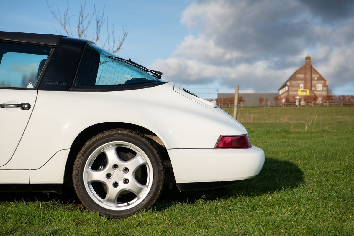 *Reduced* 1991 RHD Porsche 911 (964) Targa For Sale (picture 4 of 6)
