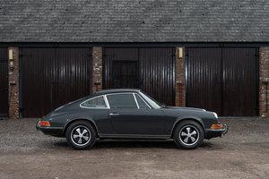 """""""Le Mans Tribute"""" 1970 LHD Porsche 911 2.2S For Sale"""