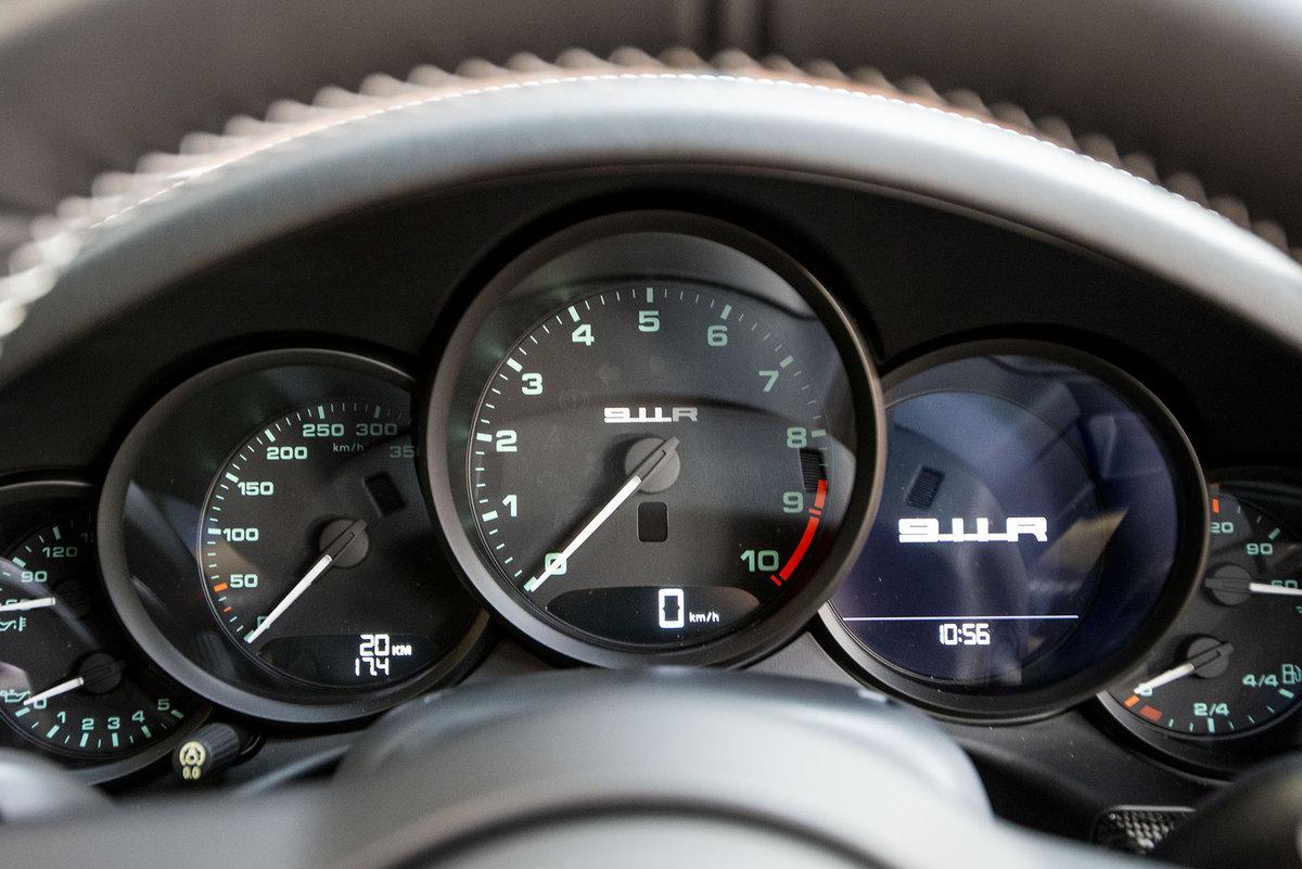 2017 Porsche 911R For Sale (picture 3 of 6)