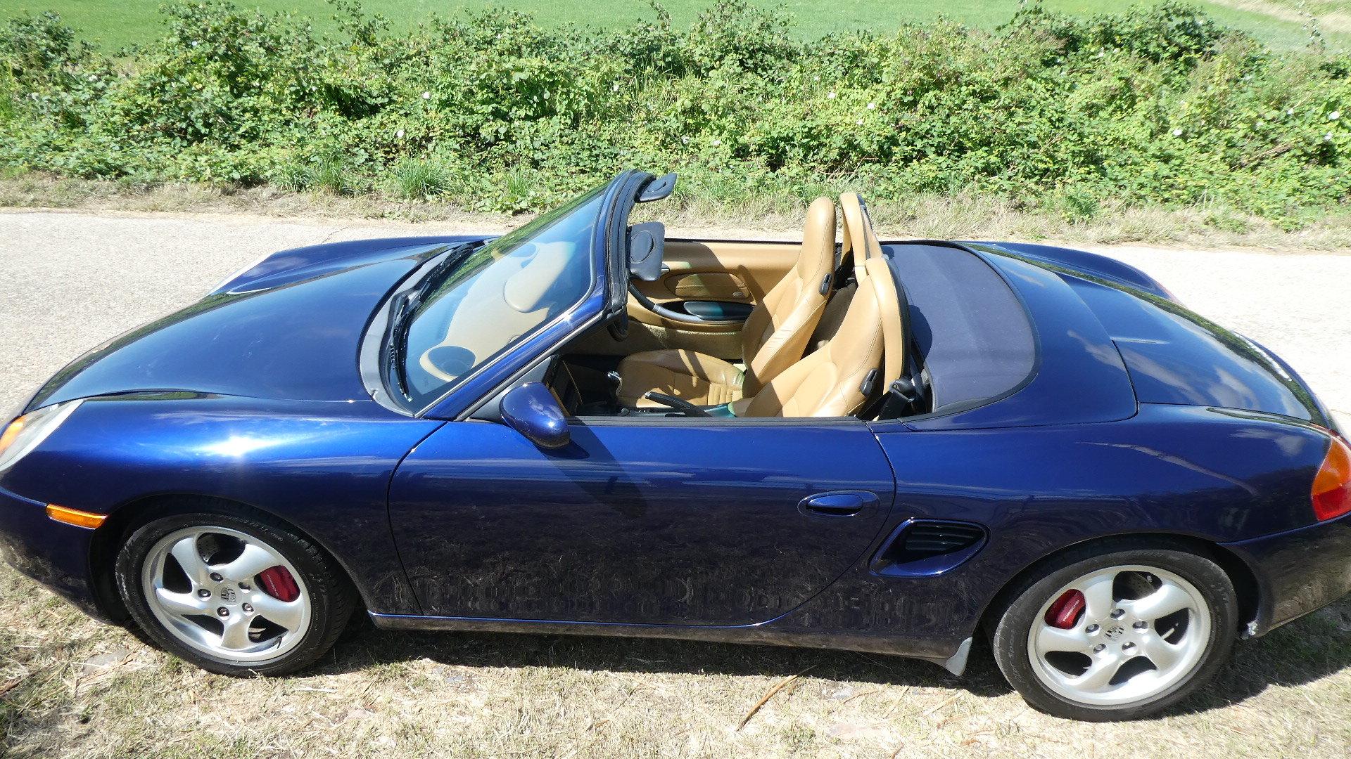 2001 Porsche Boxster S  3.2 litre Convertible  SOLD (picture 3 of 6)