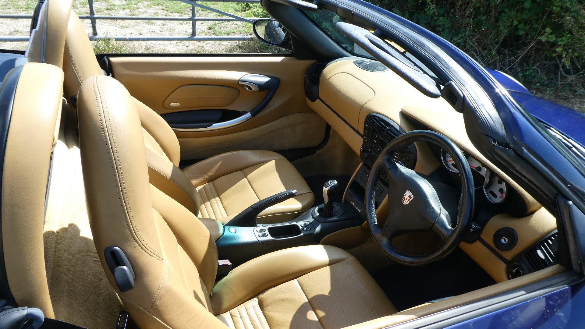 2001 Porsche Boxster S  3.2 litre Convertible  SOLD (picture 5 of 6)