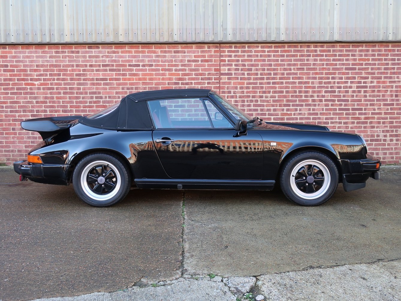 1983 Porsche 911 3.0 SC Cabriolet For Sale (picture 2 of 6)