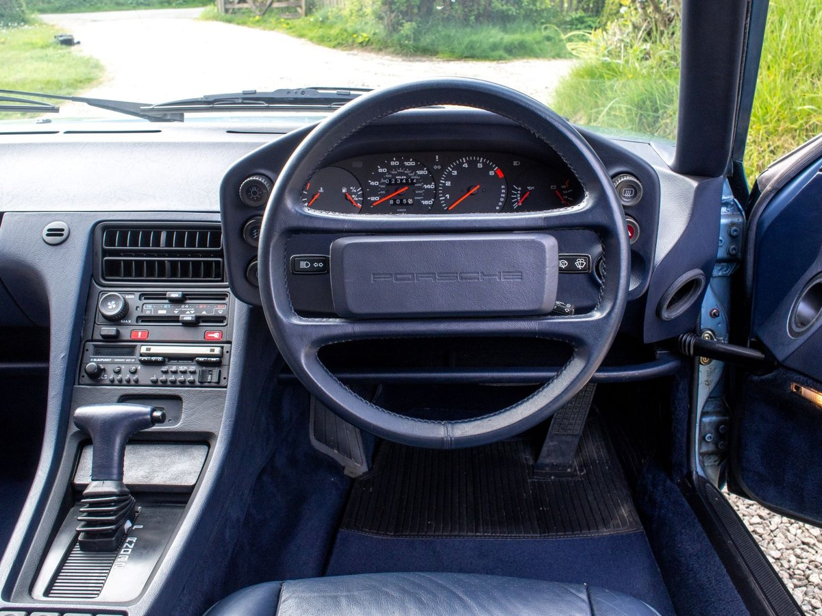 Genuine ultra-low mileage 1986.5 928 S2 For Sale (picture 4 of 6)