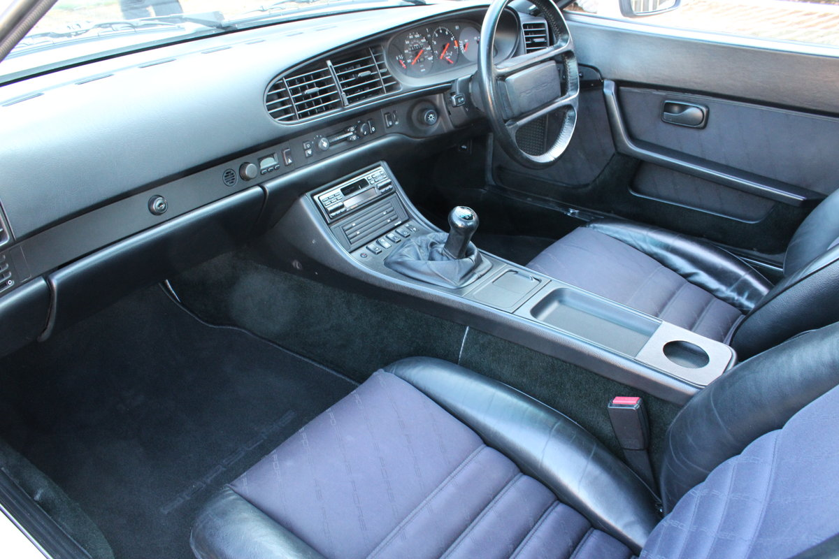 1986 PORSCHE 944 TURBO For Sale (picture 11 of 12)