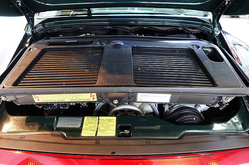 1995 Porsche 993 Turbo, special order BRG, original, low kms SOLD (picture 4 of 6)