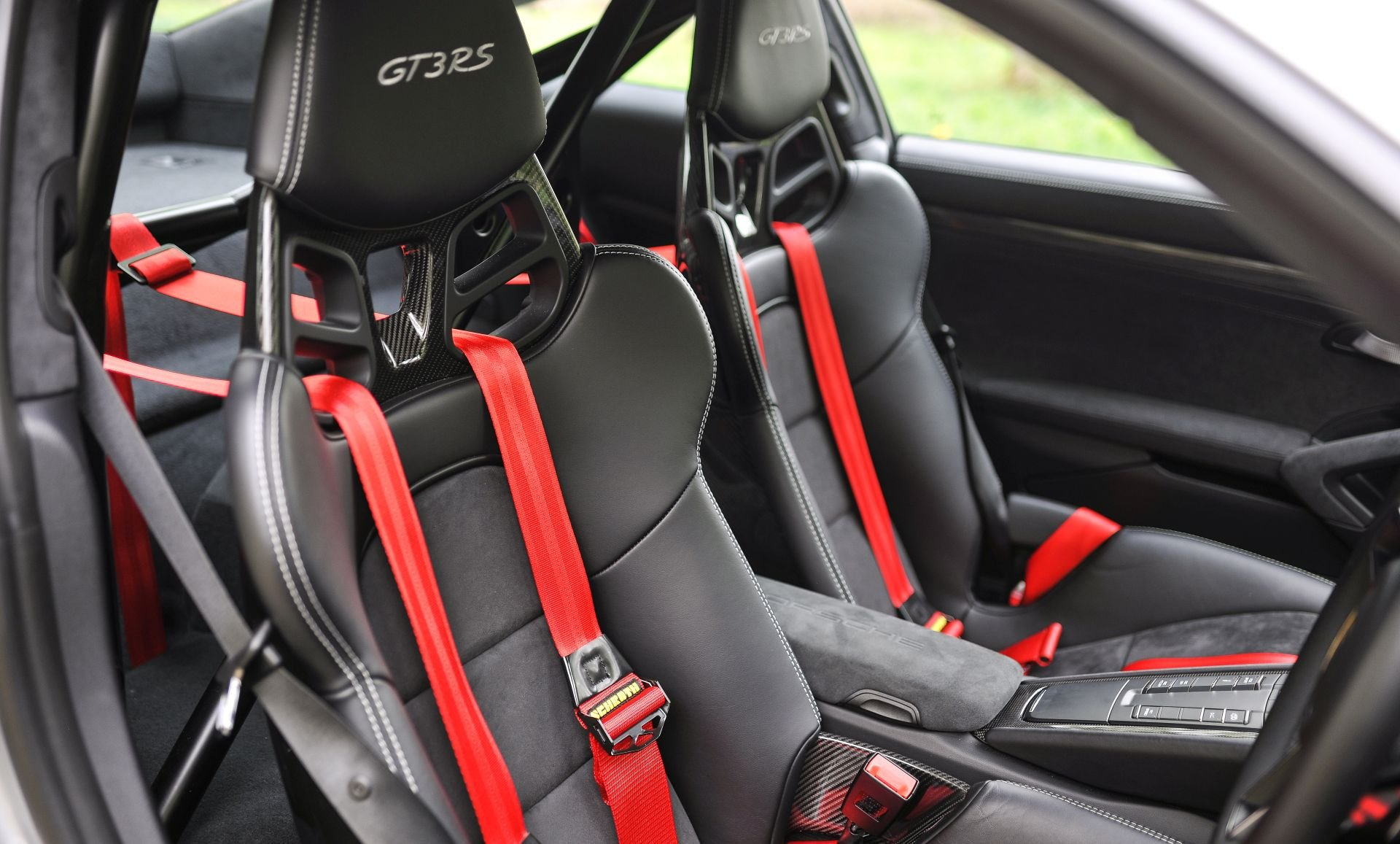 2016 Porsche 991 GT3 RS - Only 2268 miles SOLD (picture 4 of 6)