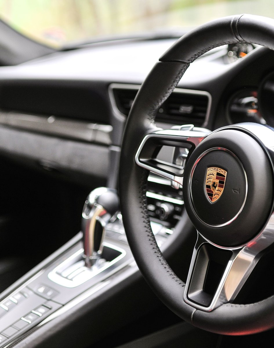 2016 Porsche 991 GT3 RS - Only 2268 miles SOLD (picture 5 of 6)