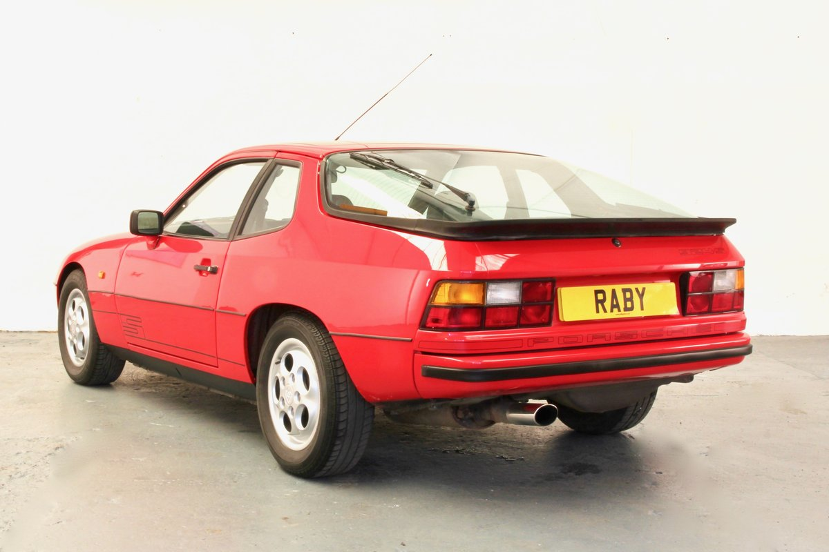 Porsche 924S. Superb condition and history. 1986 SOLD (picture 2 of 6)