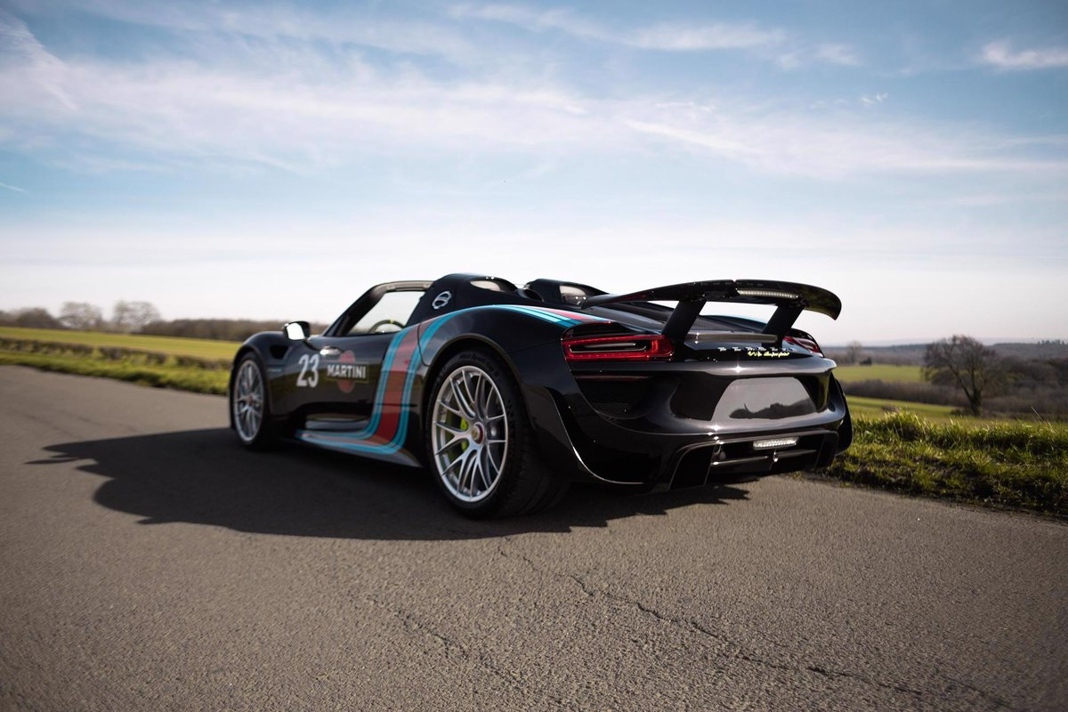 2014 Porsche 918 Spyder Weissach Package For Sale (picture 2 of 6)