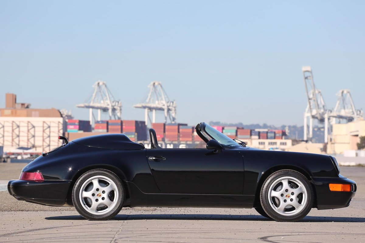 1994 Porsche 911 964 Speedster - Low Mileage Example For Sale (picture 3 of 6)
