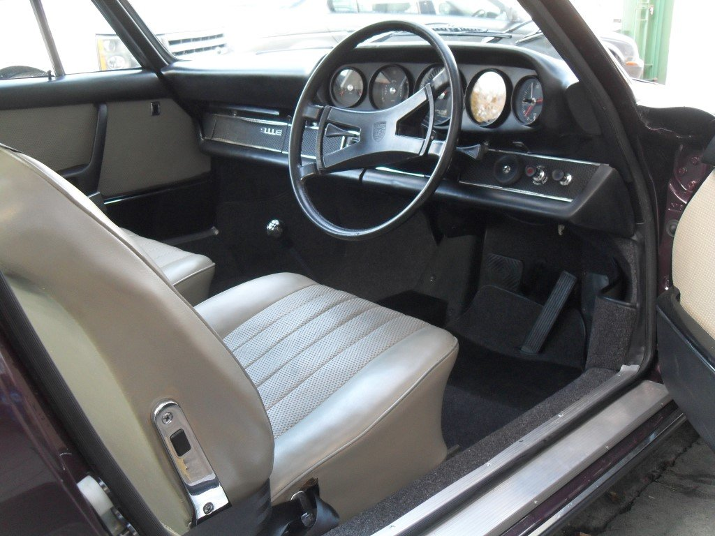 1969 Porsche 911E RHD Sportmatic Fully Restored For Sale (picture 4 of 5)