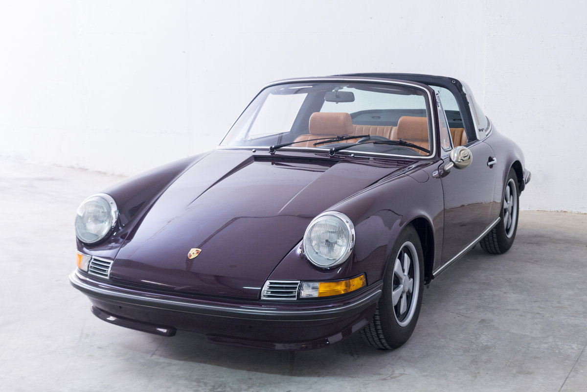 1972 911 2.4 Targa Rare Version *Fully Restored* For Sale (picture 1 of 6)