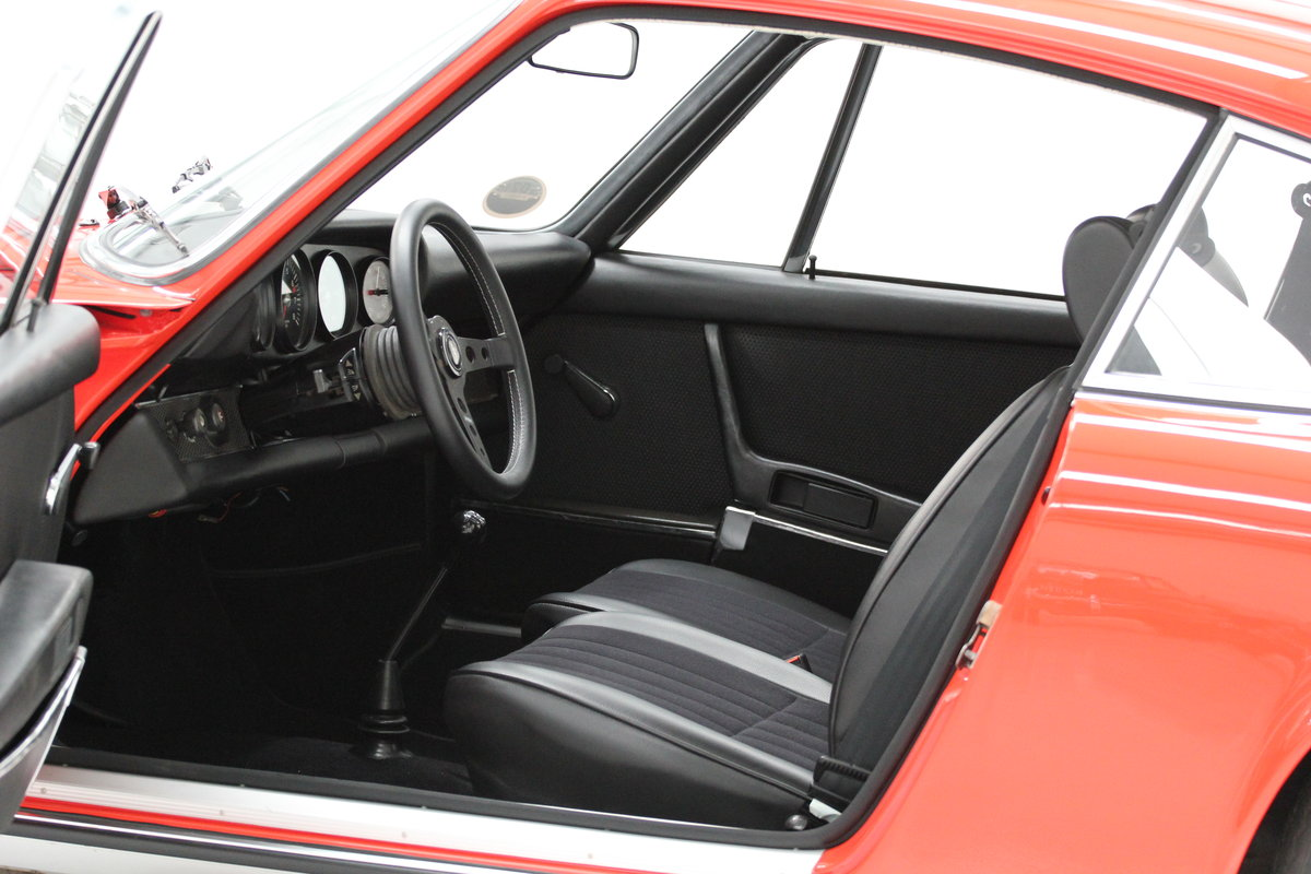 1968 1969 Porsche 911 T Restored Blood Orange For Sale (picture 6 of 6)