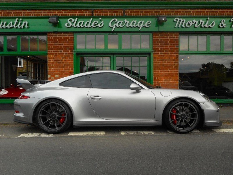 2018 Porsche 911 GT3  SOLD (picture 1 of 4)