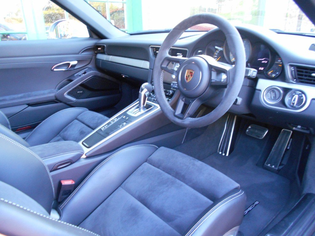 2018 Porsche 911 GT3  SOLD (picture 4 of 4)