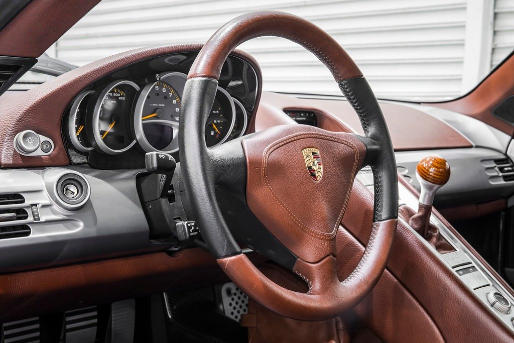 2004 Porsche Carrera GT For Sale (picture 4 of 5)