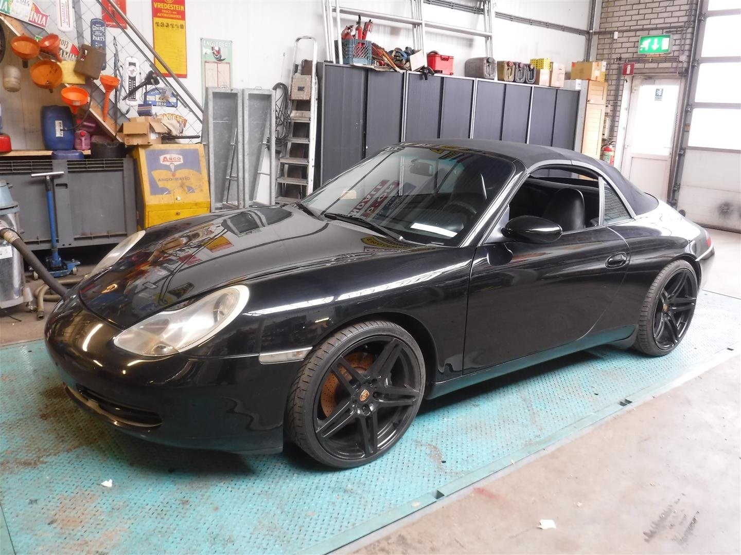1999 Porsche 996 supercharger convertible For Sale (picture 2 of 6)