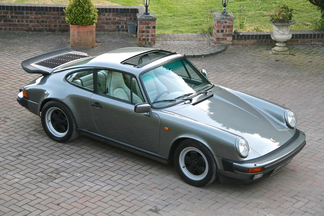 1988/F PORSCHE 911 3.2 CARRERA SPORT COUPE For Sale (picture 5 of 6)