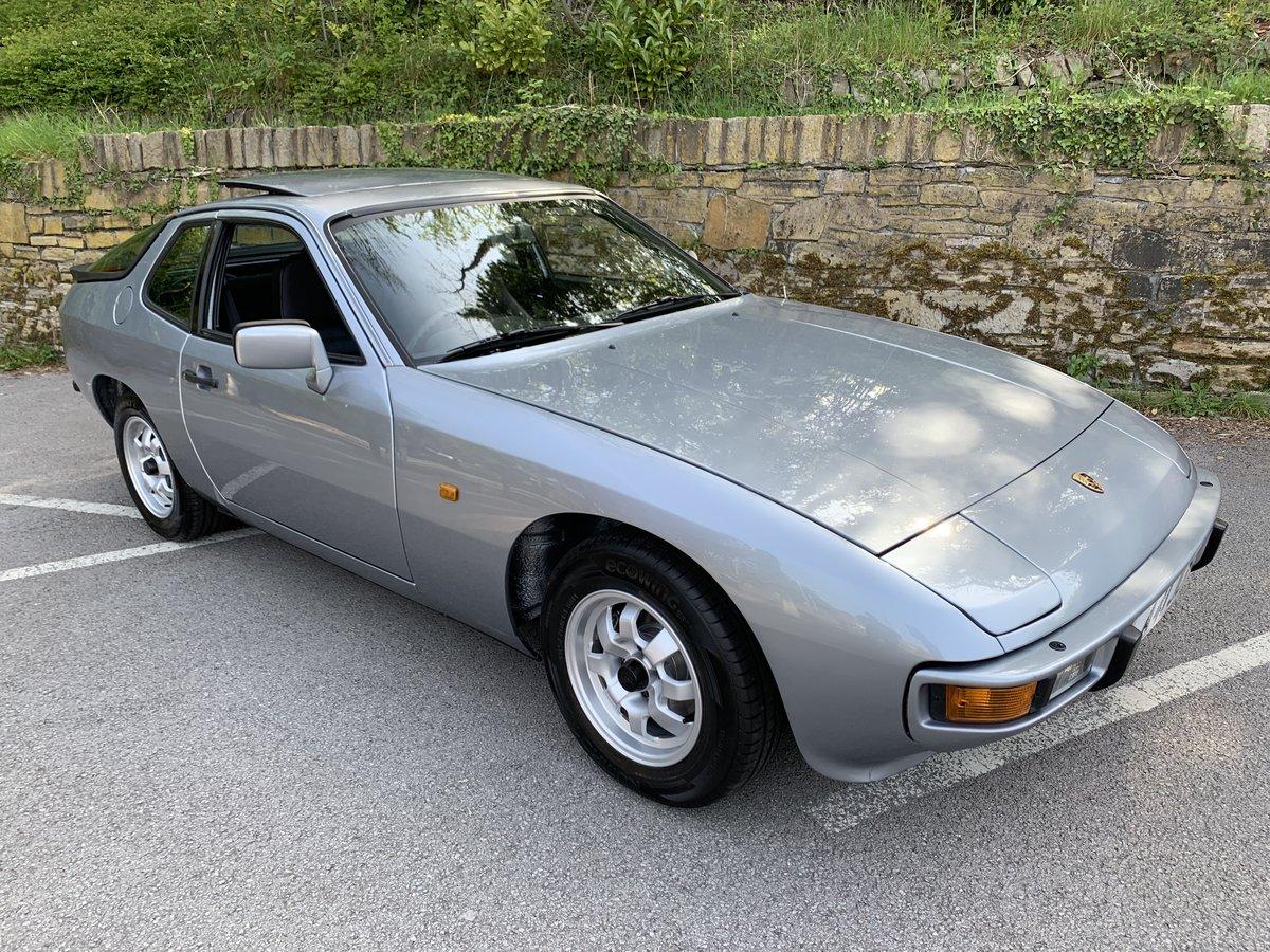 1984 PORSCHE 924 AUTO For Sale (picture 1 of 6)