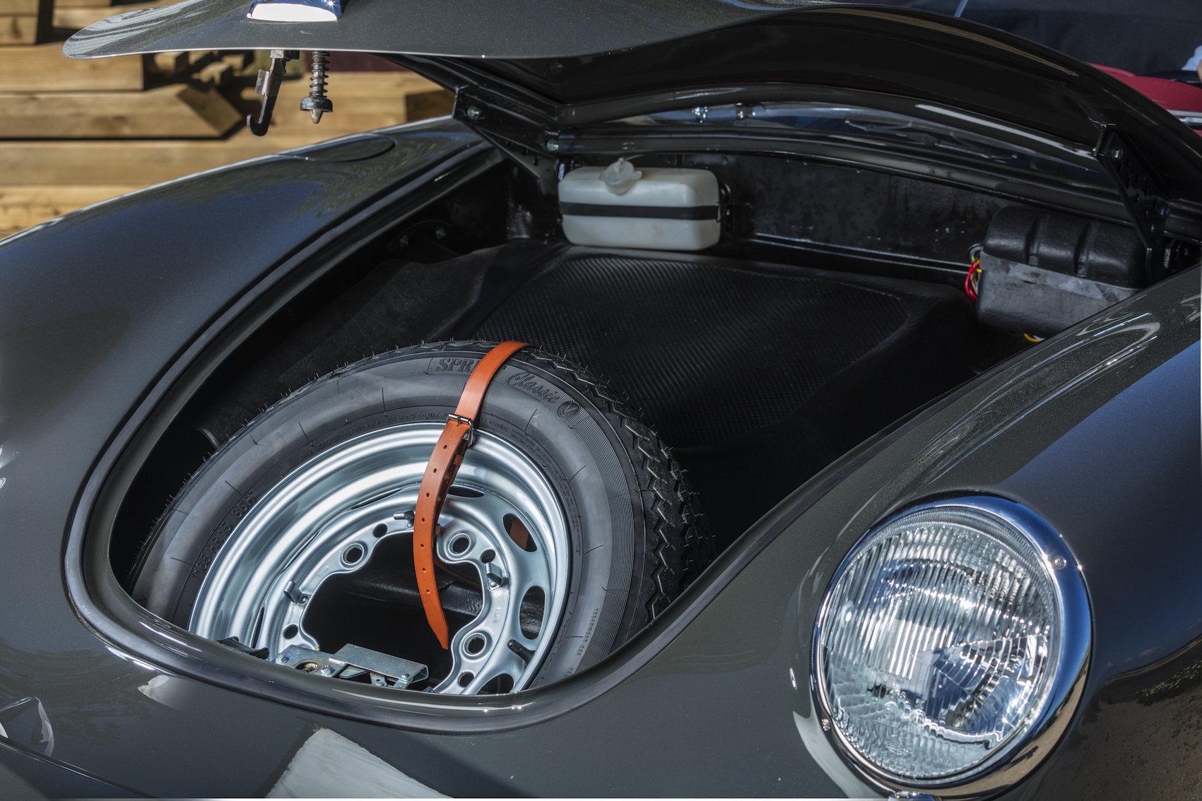 1962 Porsche 356 BT6 Roadster SOLD (picture 4 of 6)