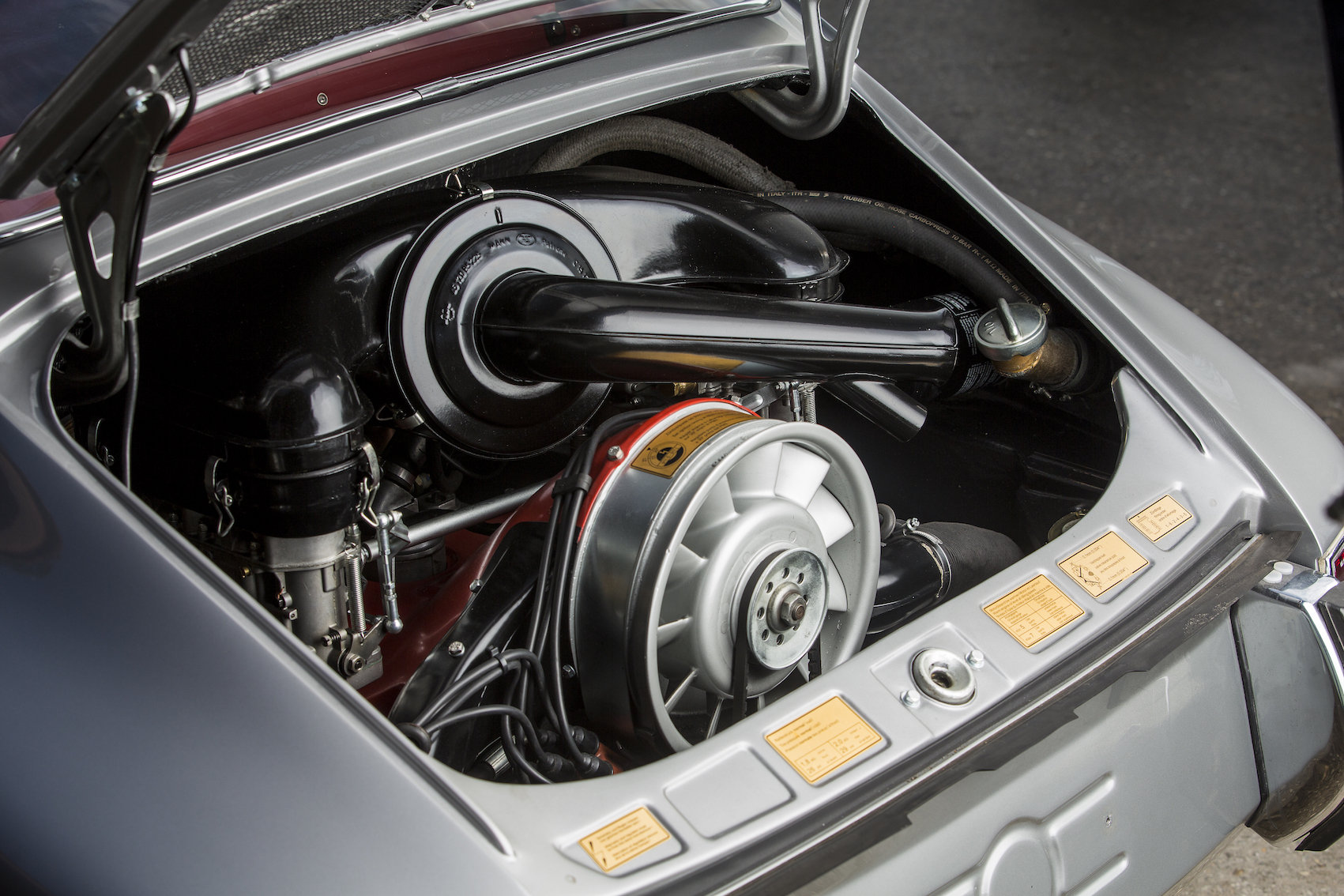 1966 Porsche 911 2.0S coupe For Sale (picture 4 of 6)