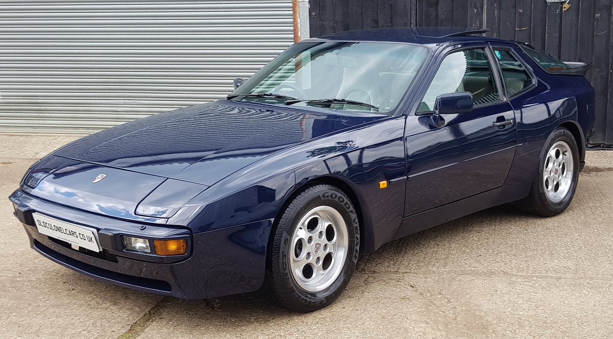 1986 Superb 944 2.5 Oval dash with only 90,000 and Full History For Sale (picture 2 of 6)