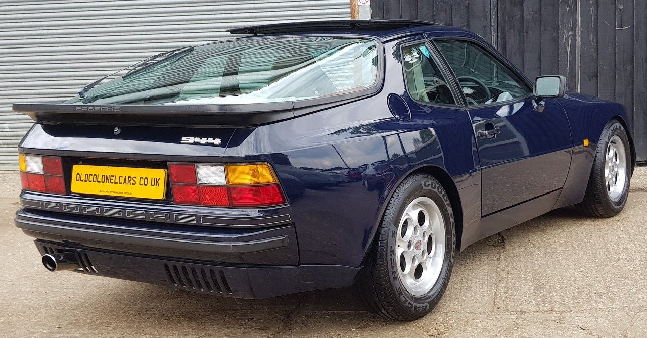 1986 Superb 944 2.5 Oval dash with only 90,000 and Full History For Sale (picture 3 of 6)