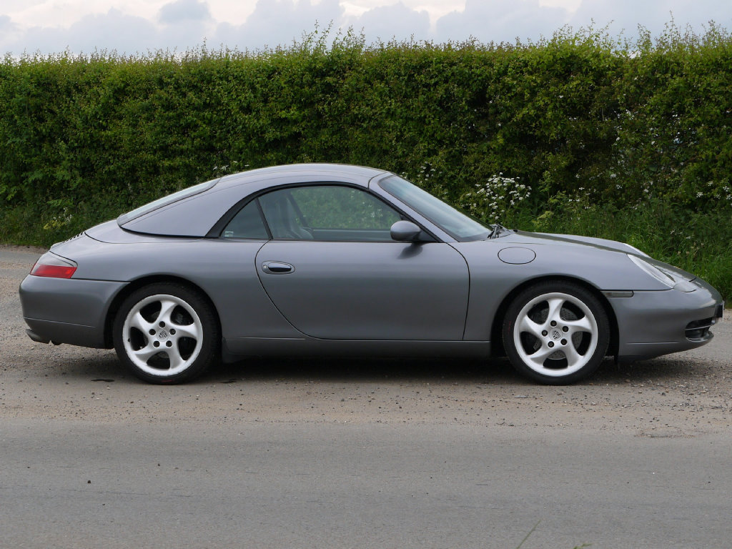 2001 Porsche 911 (996) Carrera 2 Cabriolet For Sale (picture 4 of 5)