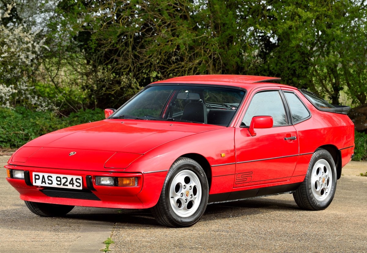 1988 Porsche 924 S SOLD (picture 1 of 6)