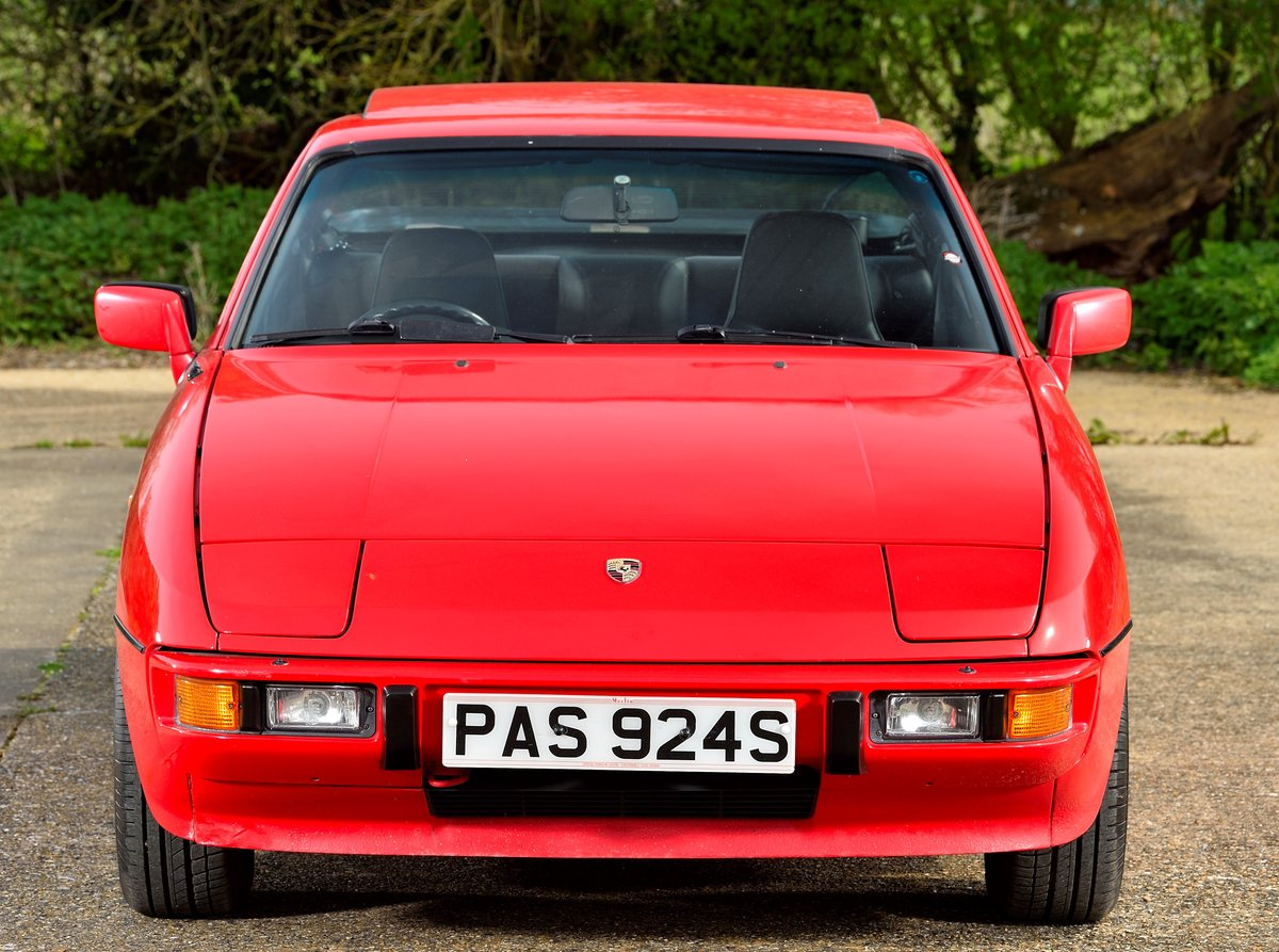 1988 Porsche 924 S SOLD (picture 2 of 6)