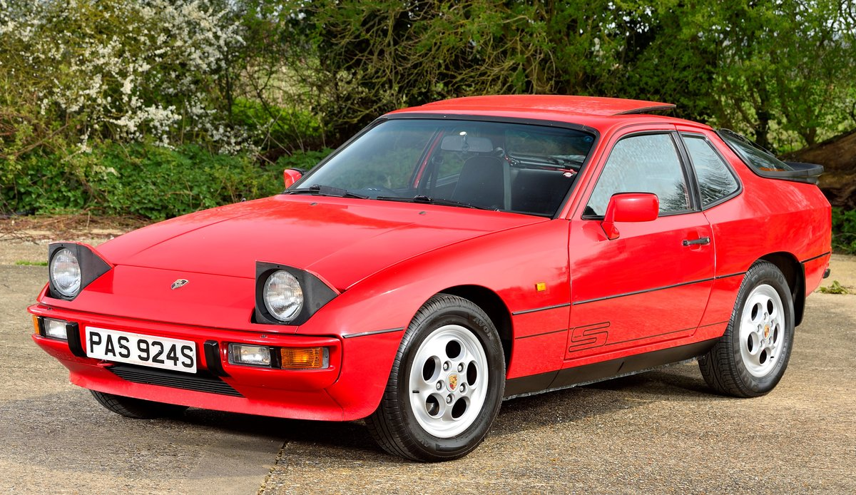 1988 Porsche 924 S SOLD (picture 4 of 6)