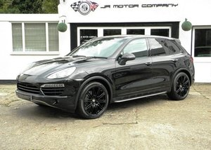 Picture of 2012 Porsche Cayenne 3.0 Diesel Tiptronic S finished in Jet Black SOLD