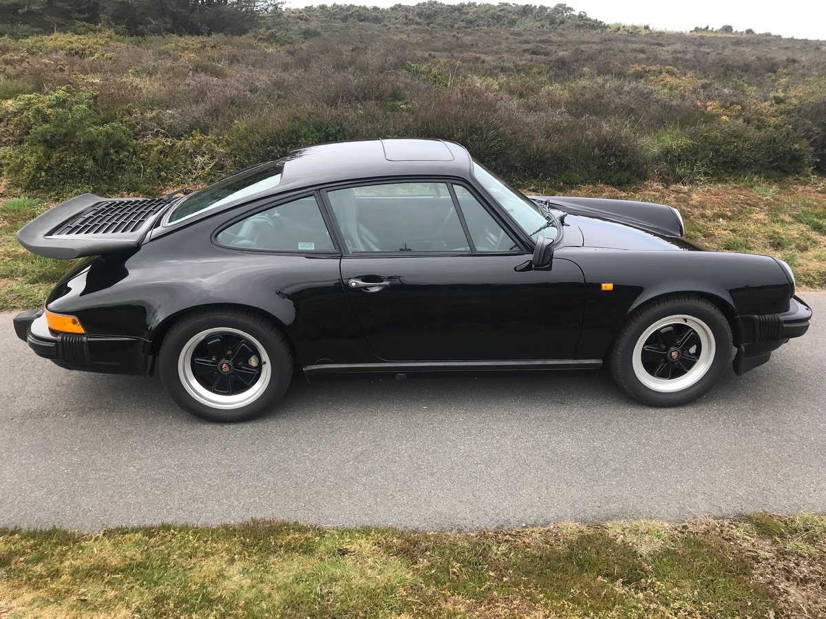 1987 Porsche 911 Carrera Coupe with sunroof AFN supplied For Sale (picture 4 of 6)