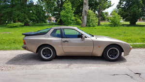 1982 Porsche 944 LUX Automatic 79000 from new