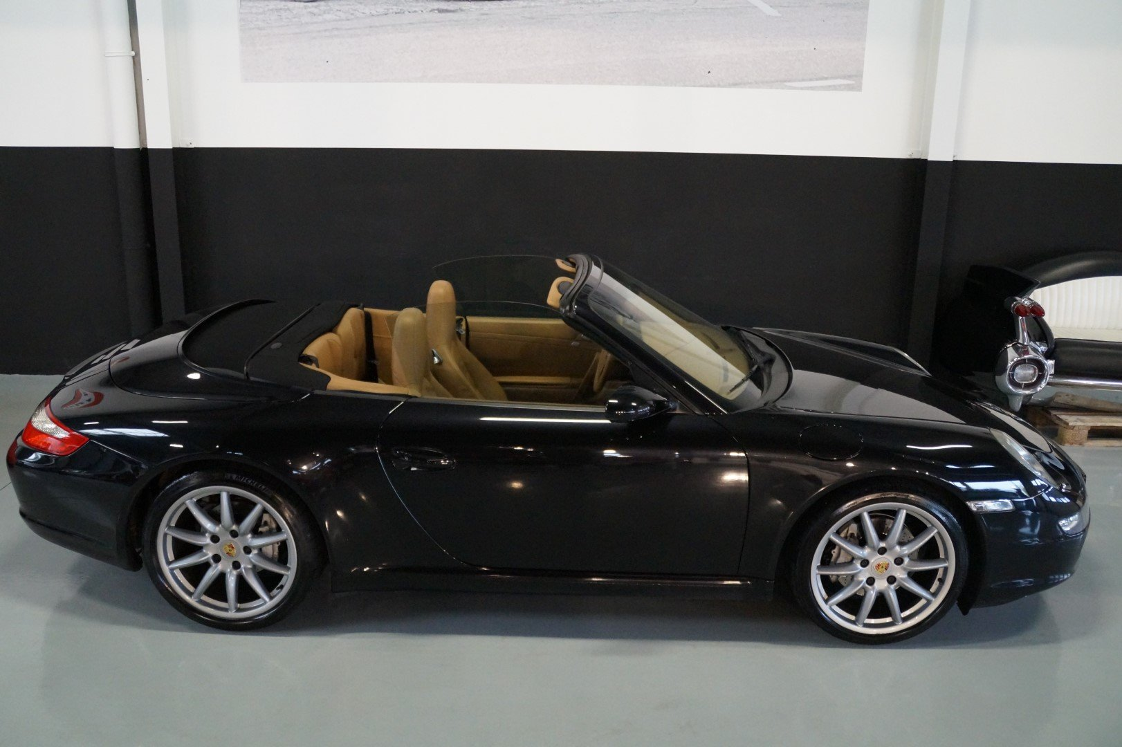 PORSCHE 911 997 Carrera 2 Convertible MANUAL!!! (2006) For Sale (picture 6 of 6)