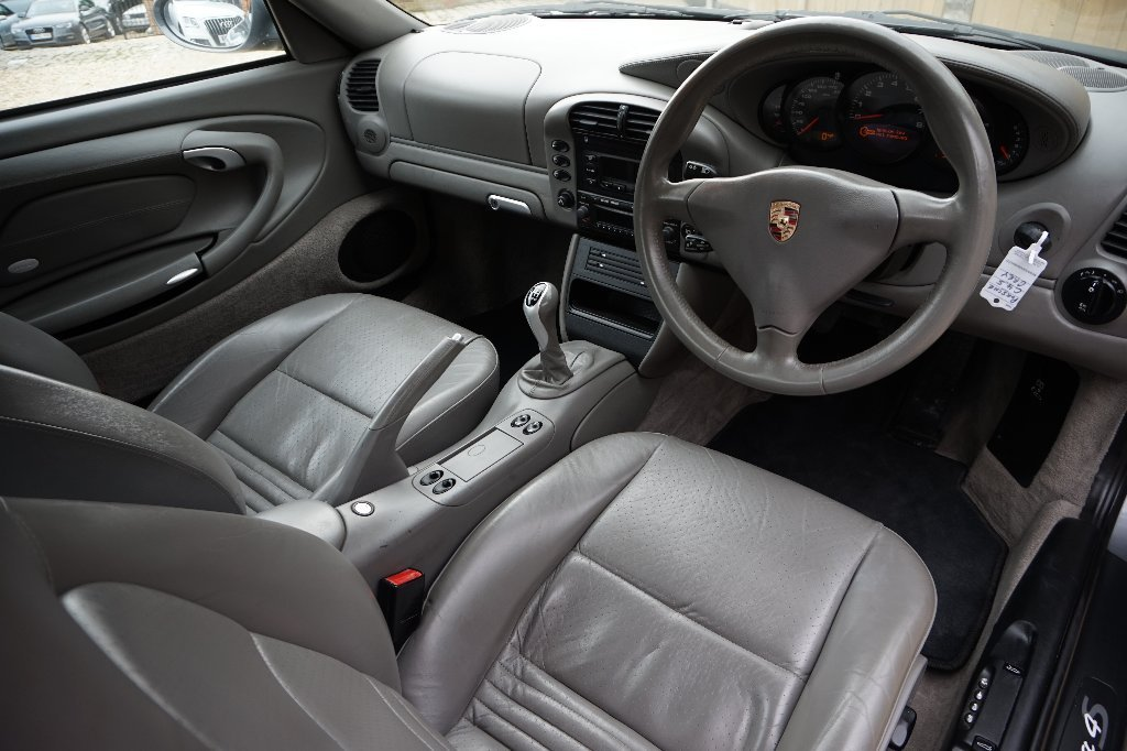 2004 PORSCHE 911 996 C4S MANUAL COUPE For Sale (picture 5 of 6)