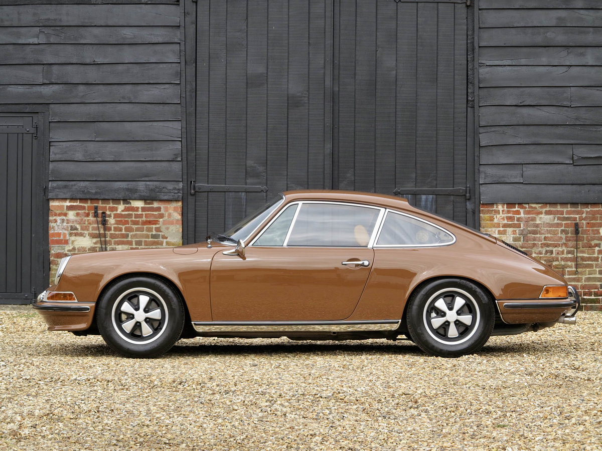 1972 Porsche 911 2.4S For Sale (picture 1 of 5)