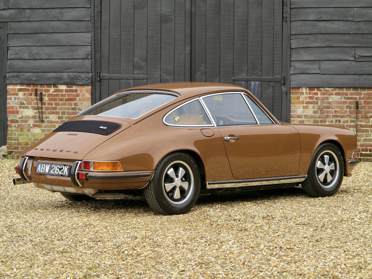 1972 Porsche 911 2.4S For Sale (picture 2 of 5)