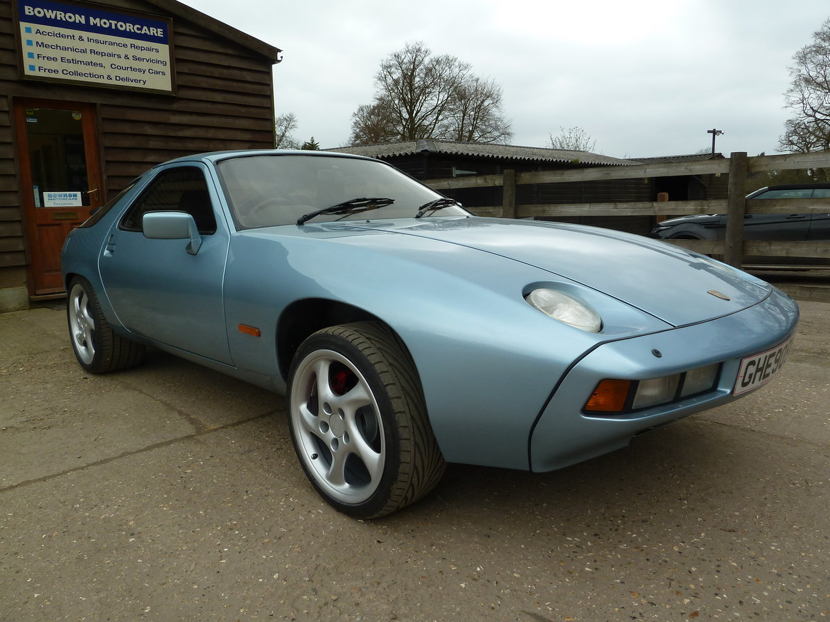 1979 Porsche 928 GT manual For Sale (picture 4 of 6)