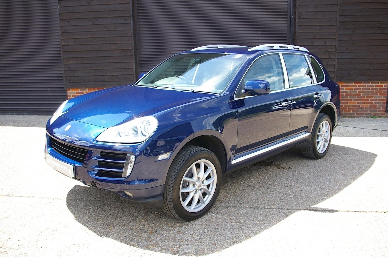 2007 Porsche Cayenne 3.6i V6 Tiptronic Auto AWD (35,000 miles)  SOLD (picture 2 of 6)