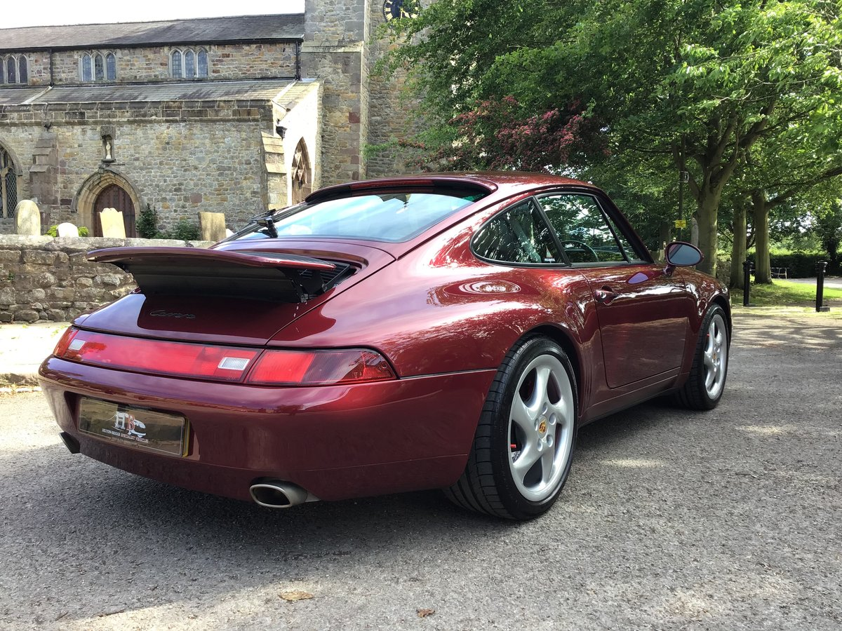 PORSCHE 911(993)COUPE,1996,LOW MILES.OUTSTANDING CONDITION! For Sale (picture 2 of 6)