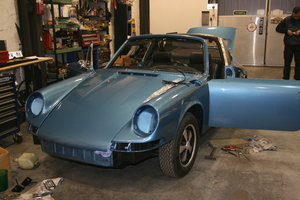 1969 Porsche 911  2.2 S Targa partially restored For Sale